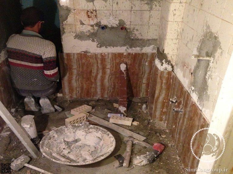 نصب کاشی حمام و دستشویی به روش چسبی