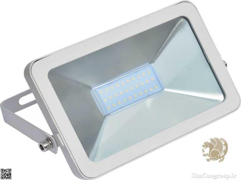 پروژکتور برای نورپردازی نما و محوطه