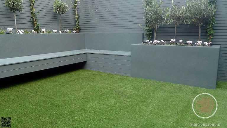 طراحی باغچه حیاط با چمن مصنوعی و ترمووود
