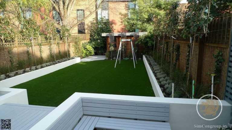 طراحی باغچه حیاط با چمن مصنوعی