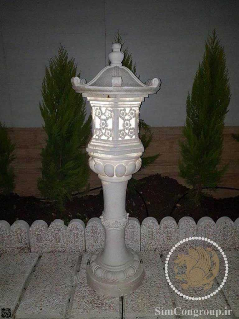 چراغ باغچه